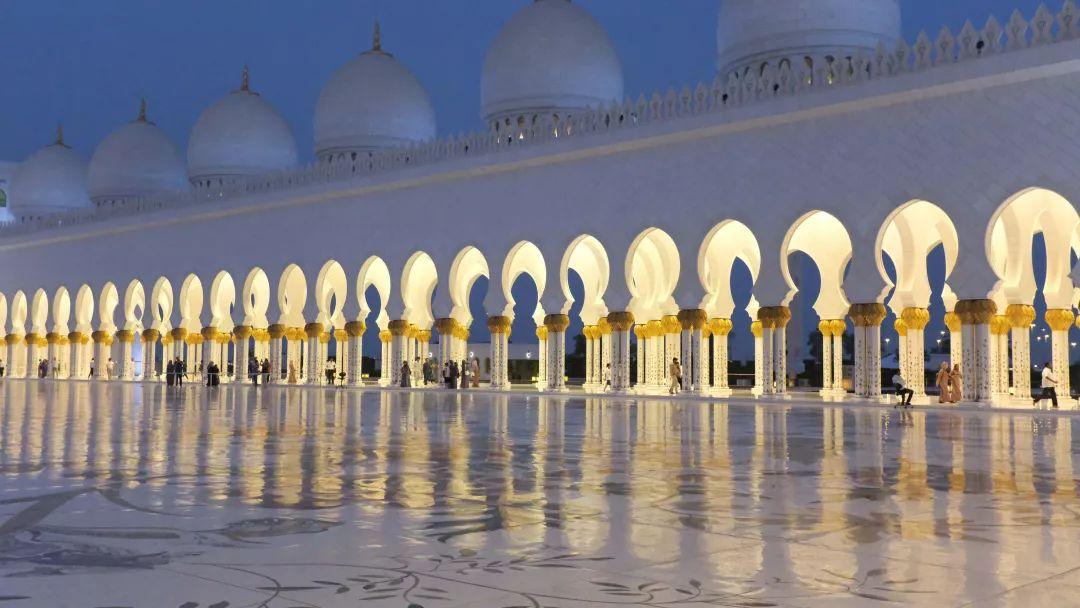 """要说起迪拜的""""壕""""无人性 阿布扎比可谦虚不起来 旅游资讯 第37张"""