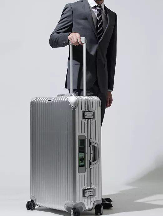 """夏日旅行季  要带什么样的行李箱才有""""型""""? 旅游资讯 第9张"""